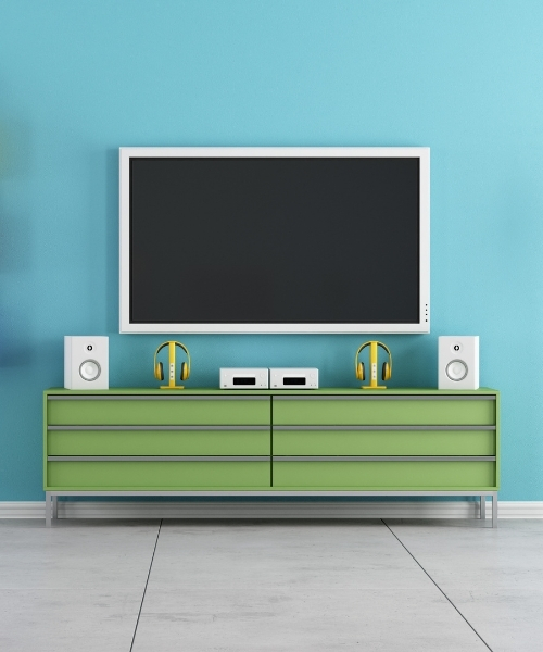 tv on wall green-2